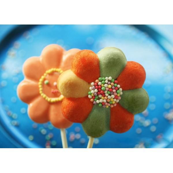 Daisy Pop lollipop silicone mold Silikomart