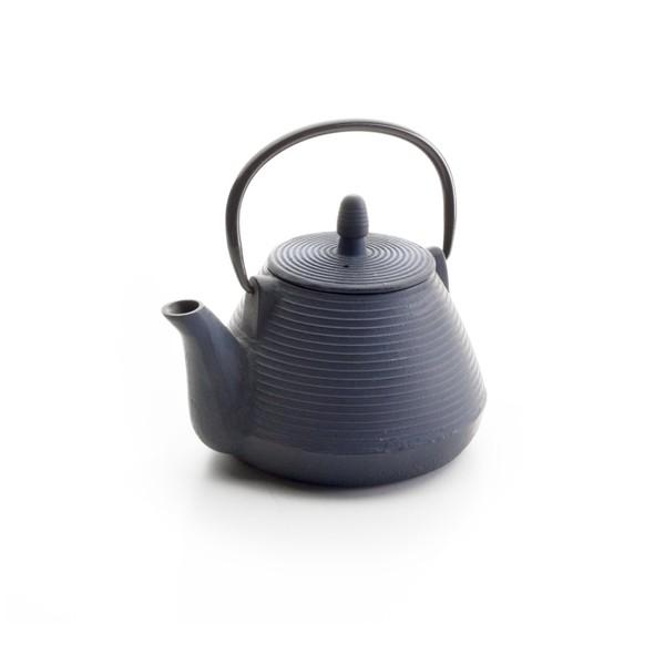 Siente el verdadero té oriental en casa, con esta maravillosa tetera de hierro fundido.