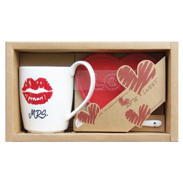 "Set mug + Ceramic spoon + Coasters heart ""mrs."""