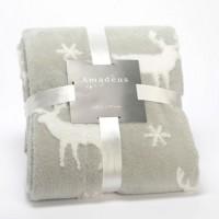 Manta plaid gris y blanca estampado renos y copos de nieve 130x170cm