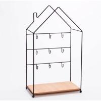 Cuelga llaves metálico negro y madera forma casa 9 colgadores 25x13x43h cm